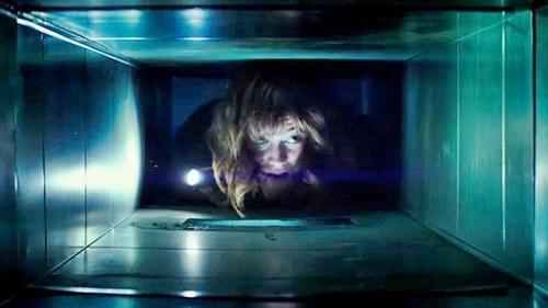 '10 Cloverfield Lane' - Một bất ngờ của dòng phim kinh dị năm 2016