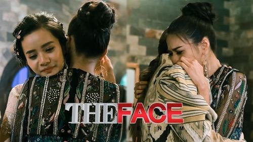The Face - Tập 6: Để bảo vệ thí sinh của mình, Phạm Hương khiến Lan Khuê khóc nấc trên vai Hà Hồ