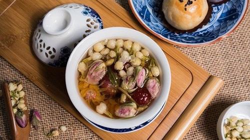 Muốn xinh đẹp bạn nhất định phải tới thiên đường trà phương Đông trên phố Nguyễn Huệ