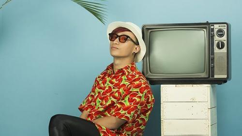 Adam Lâm thêm 'gia vị' tropical vào phong cách thời trang ngọt lịm như mocktail
