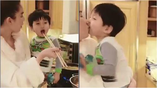Clip: Ngọc Trinh âu yếm chơi đùa, hôn môi cháu trai tỷ phú 72 tuổi Hoàng  Kiều