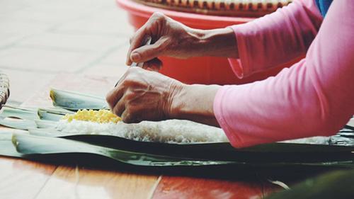 Bánh chưng lá chít - hương vị Tết truyền thống của nhiều làng quê Bắc Bộ