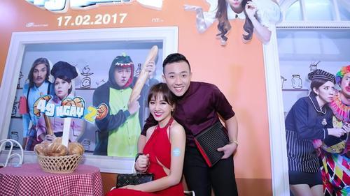 Hari Won diện nguyên set đồ hiệu đắt đỏ dự sự kiện cùng Trấn Thành