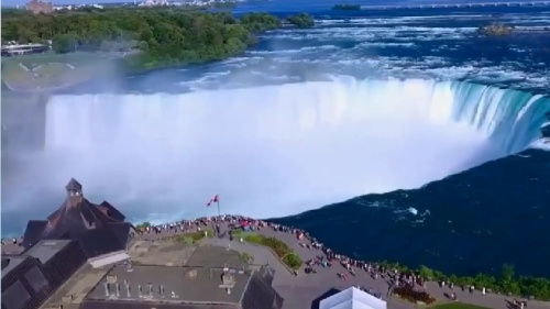 Clip: Đây là thác nước đẹp nhất thế gian mà bạn nên tới một lần nếu có cơ hội