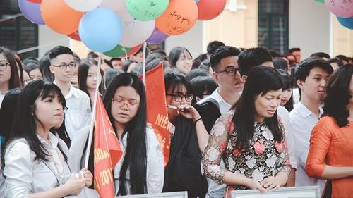 Trường THPT Chu Văn An, cảm ơn các bạn đã cho chúng tôi ghi lại những hình ảnh này!