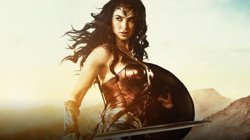 Wonder Woman: Người phụ nữ diệu kỳ làm nên chiến thắng kép cho phim Hè năm 2017