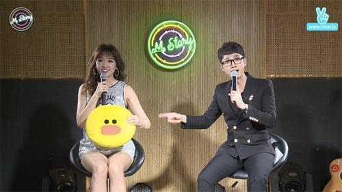 Hari Won xấu hổ khi hát sai lời ca khúc 'tủ' trước mặt fan
