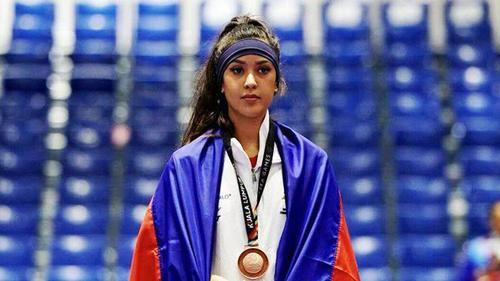 """Dung nhan xinh ngất ngây của Casandre Nicole Tubbs - """"hot girl"""" Taekwondo gây bão SEA Games 29"""