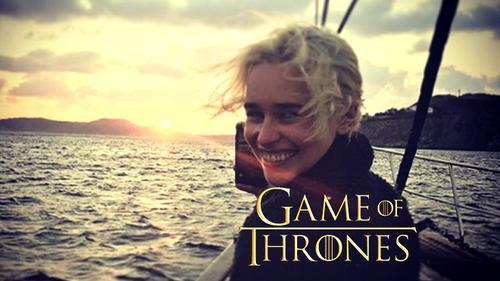Dàn diễn viên 'Game of Thrones' đặt chân tới phim trường - Season 8 đã khởi quay
