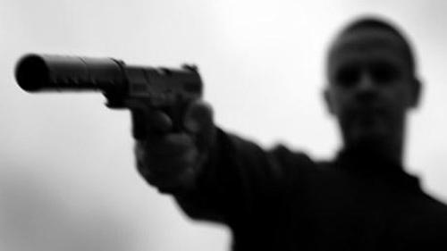 Ông trùm Mafia chỉ thị thuộc hạ ám sát con gái vì trót… yêu cảnh