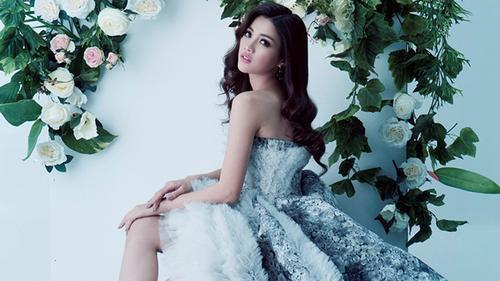 Ứng viên HHHV lột bỏ vẻ hot girl, hoá thân với style hoa hậu để ngang tầm Hoàng Thuỳ