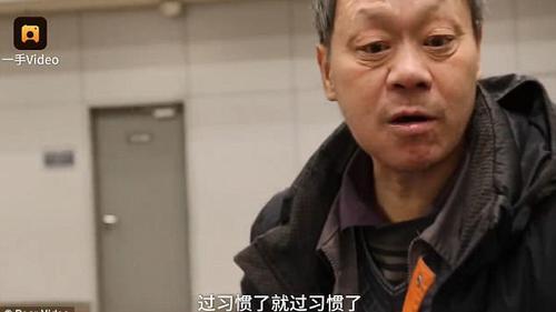 Người đàn ông sống 10 năm ở sân bay để thoả thích uống rượu mà không bị vợ cằn nhằn