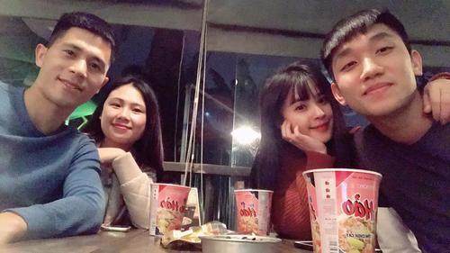 Cầu thủ Việt chia tay năm cũ, mừng năm mới như thế nào?