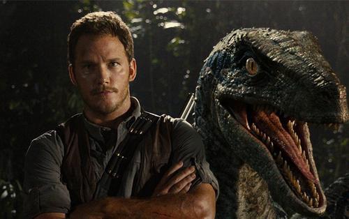 'Jurassic World: Fallen Kingdom': Hãy xem những nhà phê bình phim nói gì về bom tấn khủng long này