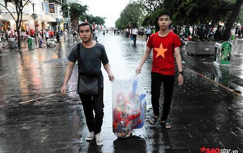 Tạm Quên Cái Kết Đầy Tiếc Nuối, Cổ Động Viên Việt Nam Vẫn Để Lại Hình Ảnh  ...