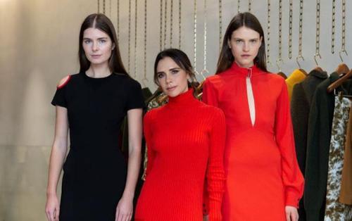 Victoria Beckham 'rực đỏ' kín đáo trong buổi ra mắt bộ sưu tập mini tại London