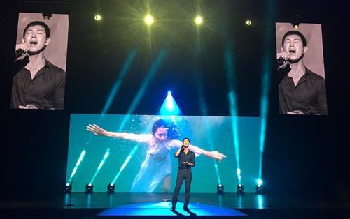 Trước giờ G: Song Luân hăng say tập luyện, chuẩn bị 'đổ bộ' sân khấu Asian Academy Creative Awards 2018
