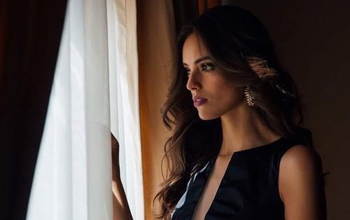 'Mổ xẻ' nhan sắc rực rỡ 'không góc chết' của mỹ nhân Mexico - Tân Hoa hậu Thế giới