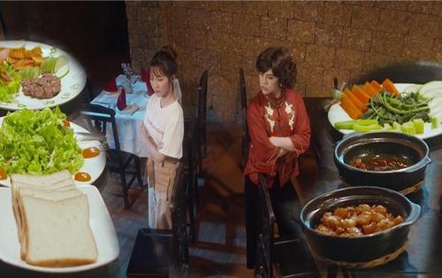 Tập 2 'Bà 5 Bống': Duy Khánh nổi điên vì Jang Mi, cuộc chiến ẩm thực Á - Âu chính thức bắt đầu