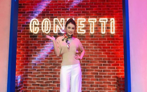 MC Sam xinh đẹp của 'Confetti Vietnam' chia sẻ nỗi khổ ít người biết đằng sau ống kính