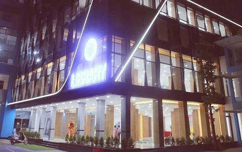 Thư viện sang xịn hơn 20 tỷ, chứa 10.000 đầu sách đẹp như khách sạn 5 sao ở trường ĐH tại Sài Gòn