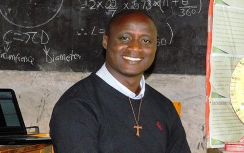 Thầy giáo nhận giải Giáo viên toàn cầu trị giá 1 triệu USD: Dành 80% lương giúp học sinh nghèo
