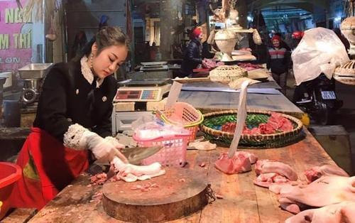 Nổi như cồn vì ảnh chụp lén, 'hot girl bán thịt lợn' lại bị chỉ trích 'làm màu'