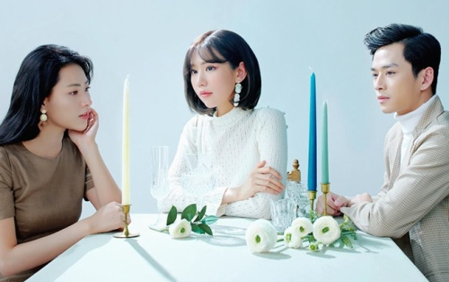 Khóa trang cá nhân vì ồn ào đời tư, Trần Nghĩa bị Min 'gọi hồn' trong dự án tình tay 3: Quan trọng là anh chàng đã xuất hiện trở lại
