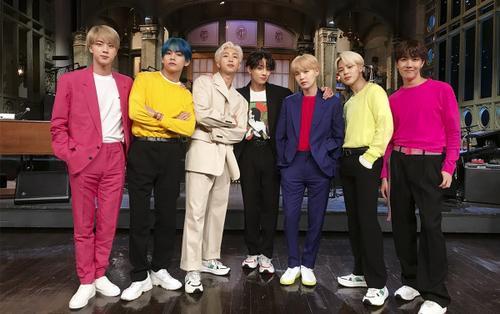BTS lập kỳ tích mới với 'Boy with Luv', album mới độc chiếm toàn bộ các vị trí đầu tiên trên Top 50 Spotify Việt Nam