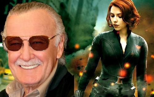 Đạo diễn 'Avengers: Endgame' tiết lộ về kịch bản ban đầu cho Black Widow, chia sẻ hình ảnh của Stan Lee cùng ekip