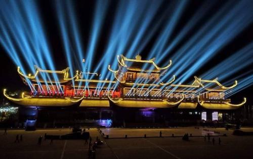 Toàn cảnh chùa Tam Chúc đẹp lung linh trong đêm trước giờ đại lễ Phật đản Vesak 2019