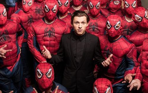 Tom Holland muốn làm bộ phim live-action của Spider-Verse cùng Garfield và Maguire