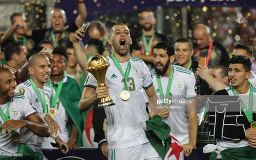 Algeria vỡ oà sung sướng khi vô địch CAN sau 30 năm chờ đợi