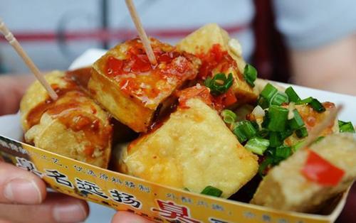 8 món ăn đường phố bạn không nên bỏ lỡ khi đi du lịch Hồng Kông