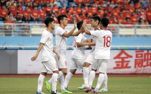 CĐV châu Á: 'Chỉ vài năm nữa, Việt Nam sẽ được dự World Cup'