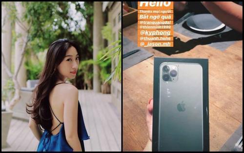 Loạt hot girl và bạn gái cầu thủ khoe ảnh tậu iPhone 11 đầu tiên tại Việt Nam
