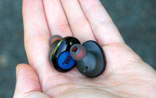 JBL ra mắt tai nghe không dây TUNE129TWS tại VN, giá 2,39 triệu đồng