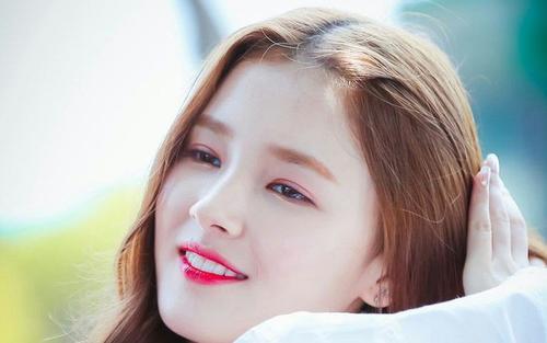 Nancy (MOMOLAND) đã trở lại gây sốt cho fan