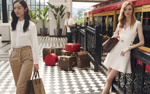 Lần đầu tiên tín đồ Việt thưởng lãm show thời trang tại nhà ga mà Louis Vuitton quay quảng cáo