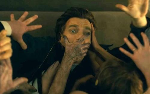 'Doctor Sleep': Những điểm cộng và trừ đến từ siêu phẩm kinh dị kế tiếp của Stephen King