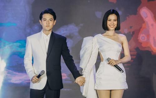 Hậu đám cưới thế kỷ, Đông Nhi và Ông Cao Thắng lần đầu hát live 'Ngày đôi ta là của nhau'