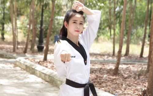 Vẻ đẹp tựa thiên thần của niềm hy vọng Teakwondo Việt Nam tại SEA Games 30