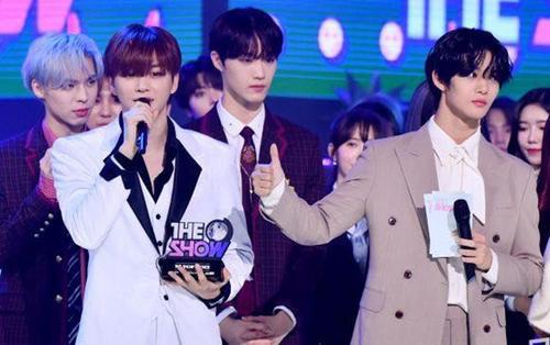 Vượt AOA và Astro, Kang Daniel có chiến thắng đầu tiên tại SBS MTV The Show