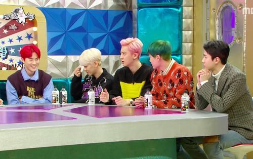 EXO được hỏi về việc gia hạn hợp đồng, câu trả lời của Suho khiến fan ấm lòng