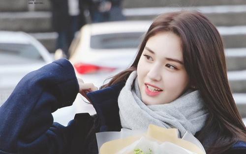 Jeon Somi muốn kết hôn ở tuổi 27, Knet một mực khuyên ngăn