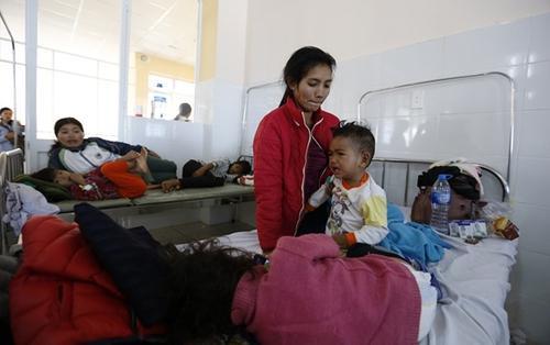 Hơn 100 người ở Lâm Đồng ngộ độc thực phẩm sau khi ăn đồ từ thiện