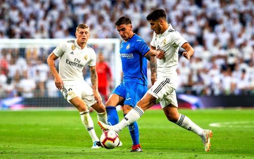 Lịch thi đấu bóng đá ngày 4/1: Real Madrid gặp Getafe