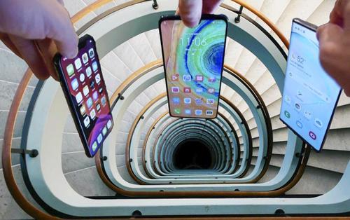 Thả rơi iPhone 11 Pro, Galaxy Note10 và Mate 30 từ độ cao hơn 10m: Flagship của Apple, Samsung hay Huawei sẽ là người chiến thắng?