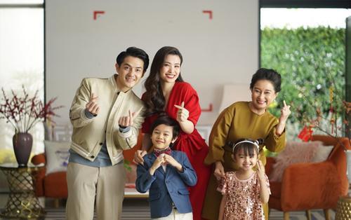 Nàng dâu mới Đông Nhi bật mí bí kíp sắm Tết khiến nhiều người 'phát sốt'