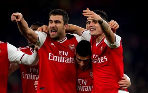 Lịch thi đấu bóng đá ngày 28/1: Arsenal giải cơn khát chiến thắng?